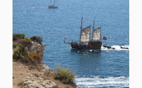 Piratenschiff, Piratship